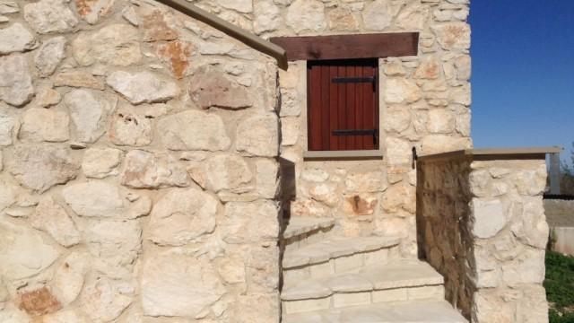 stone detailsmall