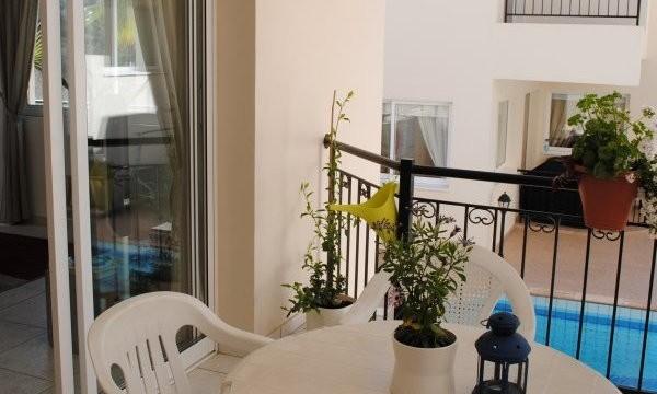 tala-balcony